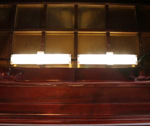 仏壇専用LED照明を取り付け